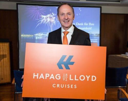 Karl J. Pojer 2016 mit dem neuen Hapag-Lloyd Cruises Logo / © Hapag Lloyd Cruises