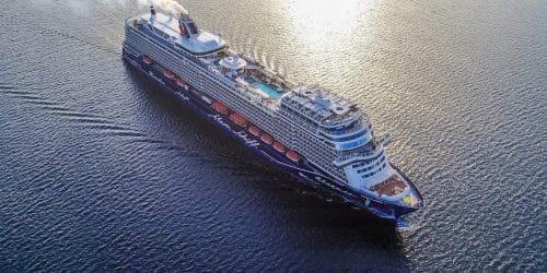 Mein Schiff 1 aus der Luft / © TUI Cruises