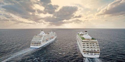 Seven Seas Mariner und Seven Seas Voyager auf hoher See / © Regent Seven Seas